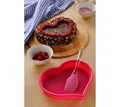 Picture of Heart Baking Set